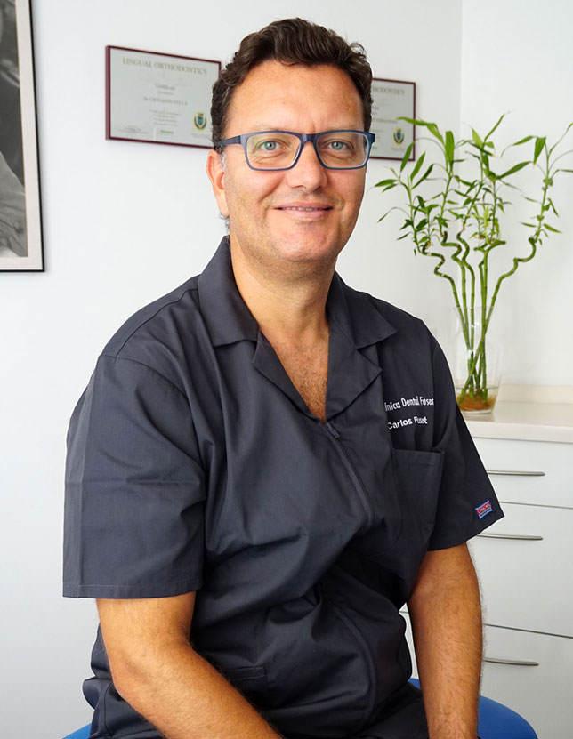 Carlos Javier Fuset, medico dentista