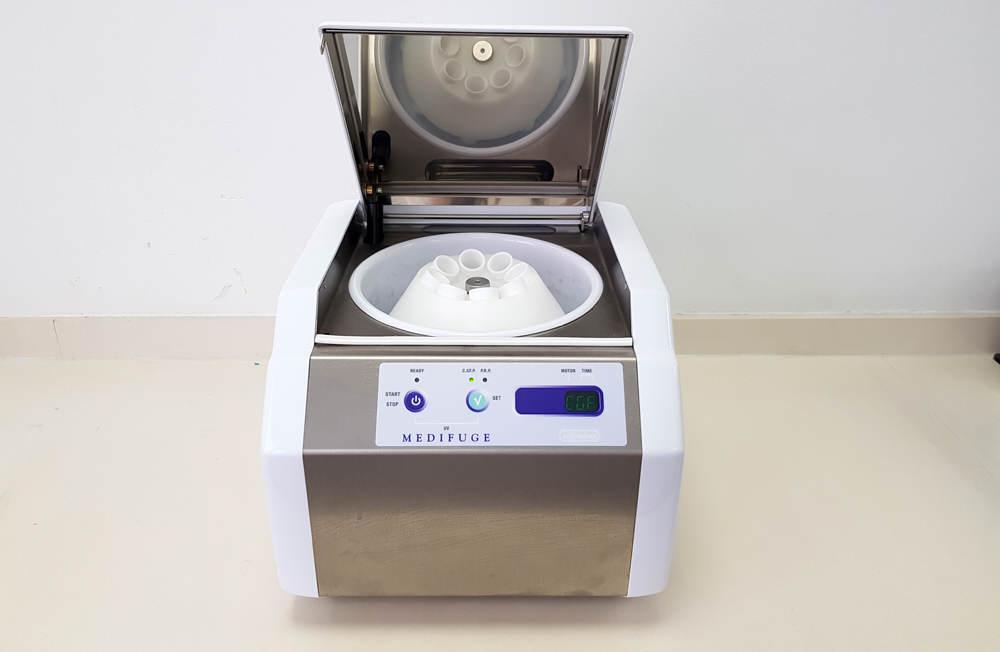 Centrifugadora para la extracción de plasma